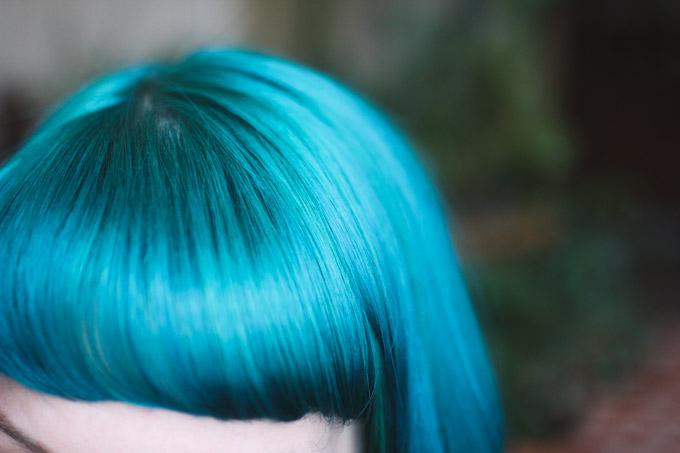 blue hair with bangs