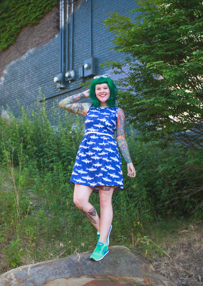 outfit post, kaylah doolan, cleveland blog, fashion blogger, green hair
