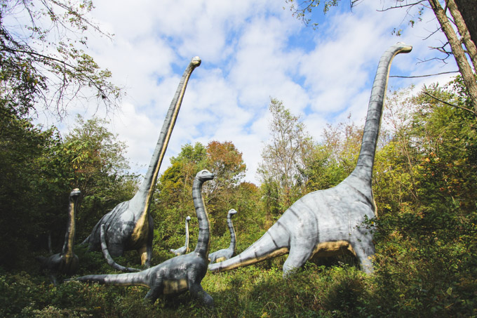 giant dinosaurs, dinosaur world